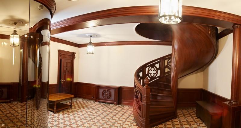 Деревянные лестницы в дизайне интерьера
