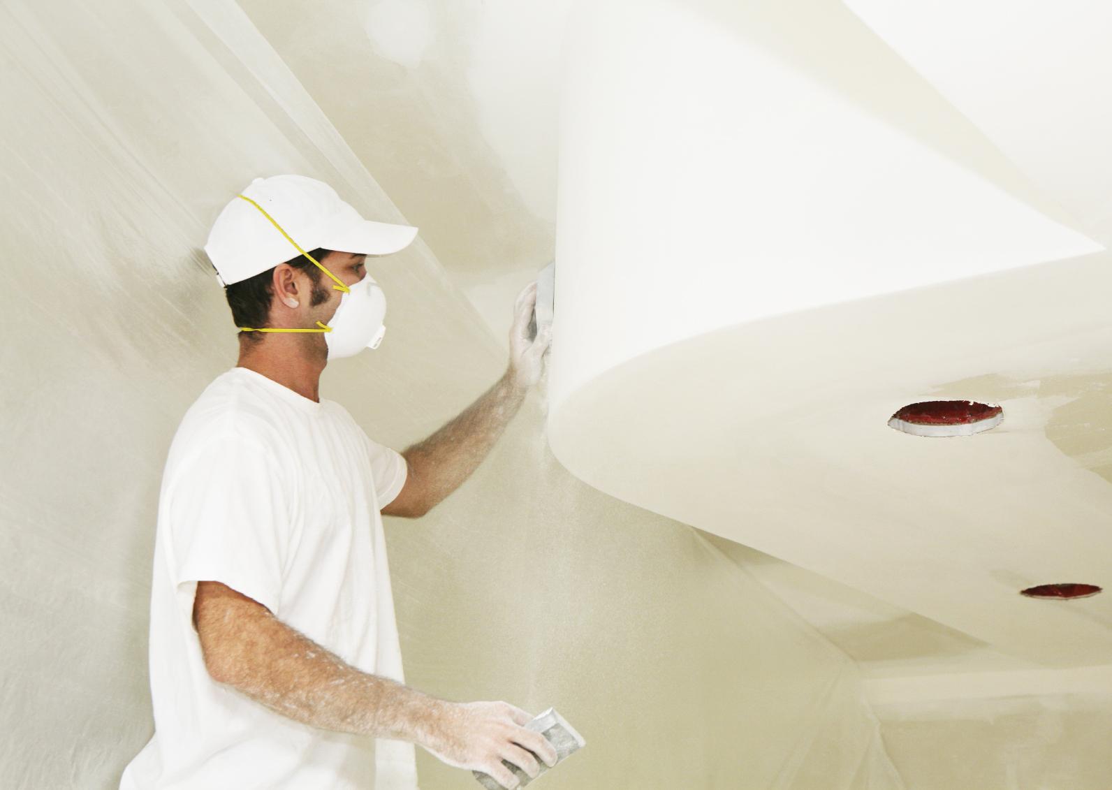 Как исправить неровности стен в квартире