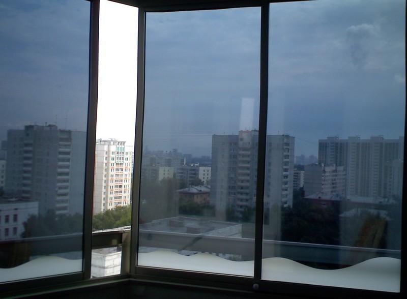 Безопасное стекло: защитная пленка для оконного стекла